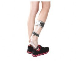 Tynor Foot Drop Splint for Right Foot - Small